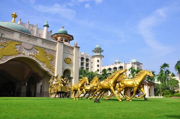 فندق الخيول الذهبية