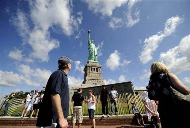 تمثال الحرية من افضل اماكن السياحة في امريكا