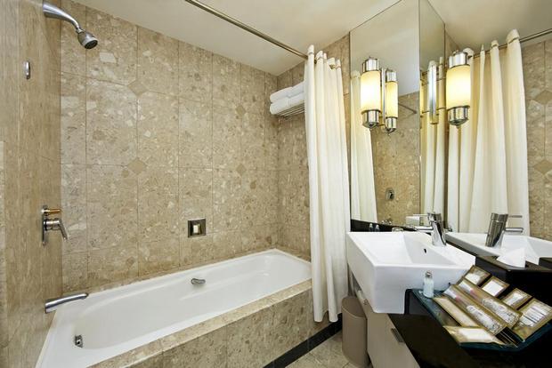 يُقدّم فندق صن واي ريزورت سيلانجور مسابح خاصة وباقات عافية وسبا.