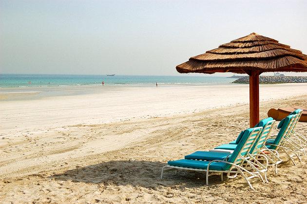 تعتبر شواطئ عجمان من الاماكن السياحية المهمة في عجمان الامارات