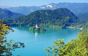 تعرف في المقال على افضل الانشطة السياحية في بحيرة بليد في سلوفينيا ، بالإضافة الى افضل فنادق بليد القريبة منها