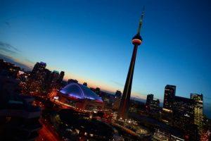 تعرف في المقال على افضل الانشطة السياحية في برج سي ان تورنتو ، بالإضافة الى افضل فنادق تورنتو القريبة منه
