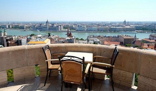 حصن فيشرمان من اهم اماكن السياحة في بودابست المجر