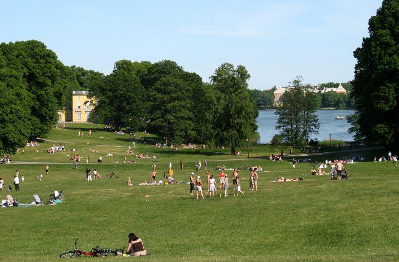 متنزه هاجا من افضل حدائق ستوكهولم السياحية