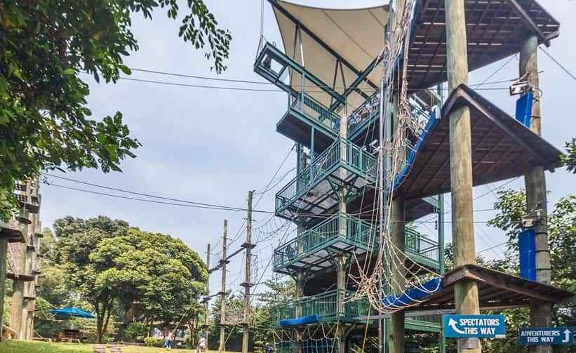 منتزه ميجا ادفنتشور من افضل اماكن السياحة في سنغافورة سنتوسا