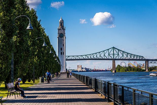 ميناء مونتريال القديم من افضل اماكن السياحة في كندا