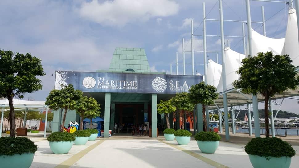 اكواريوم سنغافورة في سنتوسا