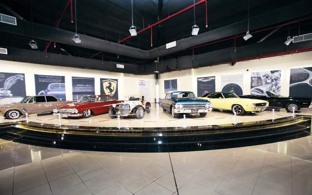 متحف الشارقة للسيارات القديمة ، من اهم معالم السياحة في الشارقة الامارات