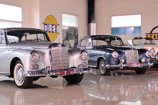 متحف الشارقة للسيارات القديمة من افضل اماكن السياحة في الامارات الشارقة