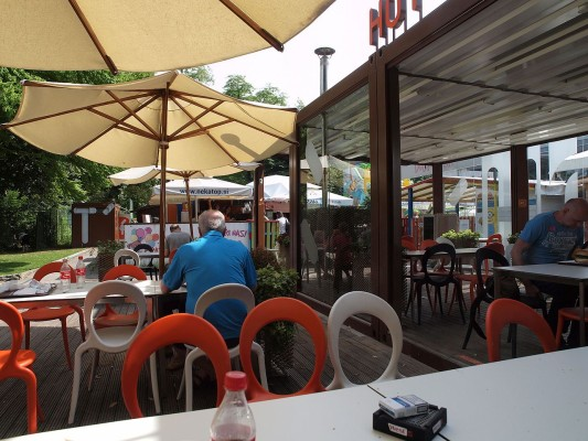 حديقة تيفولي من افضل الاماكن السياحية في سلوفينيا ليوبليانا