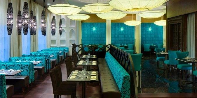 مطعم ارجوان الشارقة الواقع داخل شيراتون الشارقة ، يعد من افضل المطاعم في الشارقة الامارات