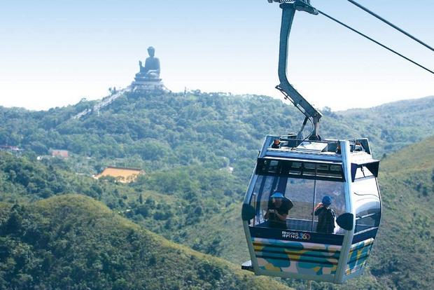 تلفريك جزيرة لانتاو في هونج جونج الصين