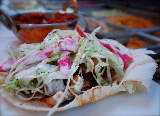 مطاعم عربية في مونتريال - مطعم البستان مونتريال