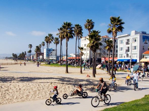 شاطئ فينيسيا في لوس انجلوس