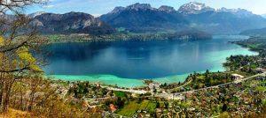 تعرف في المقال على افضل الانشطة السياحية في بحيرة انسي في فرنسا ، بالإضافة الى افضل فنادق انسي القريبة منها