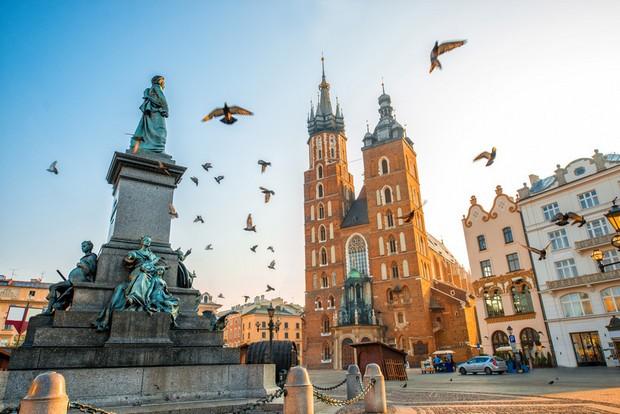 الساحة الرئيسية كراكوف بولندا