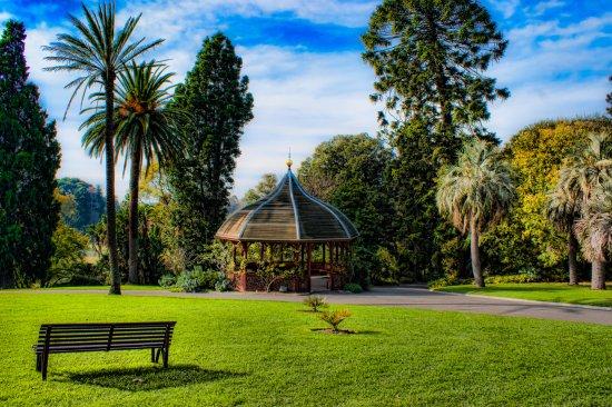 القاعات المستديرة في الحدائق النباتية الملكية في ملبورن