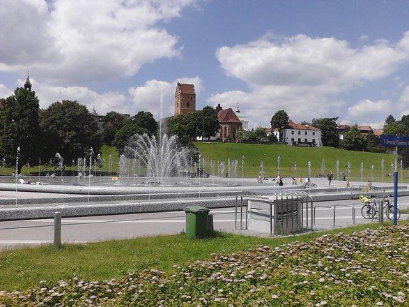 حديقة نافورة وارسو في بولندا