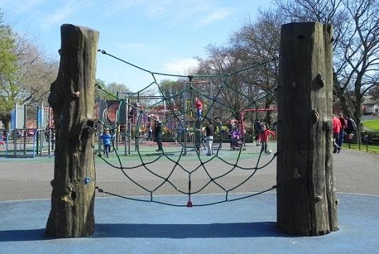 ملاعب الأطفال بالقرب من حدائق النباتات الوطنية في دبلن