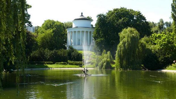 حديقة ساكسون وارسو من اجمل اماكن السياحة في وارسو