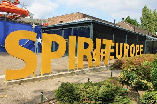 أوروبا الصغيرة من افضل اماكن السياحة في بروكسل بلجيكا