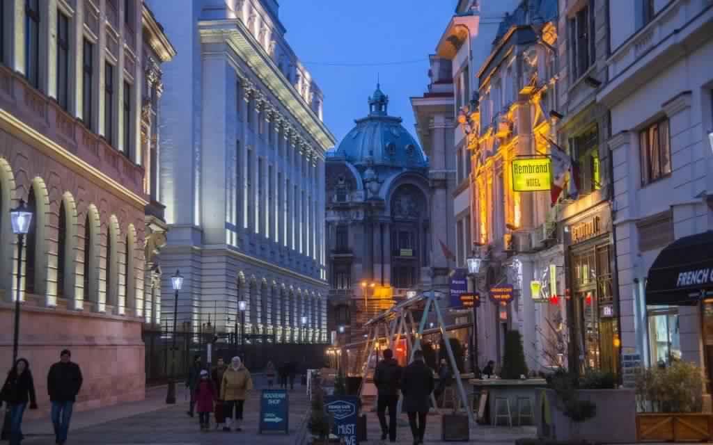 البلدة القديمة بوخارست من اشهر اماكن السياحة في رومانيا