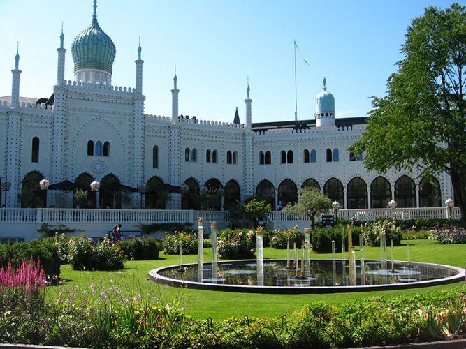 حديقة تيفولي كوبنهاجن الدنمارك من افضل اماكن سياحية في كوبنهاجن