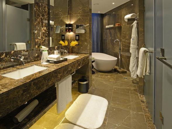 فندق ارجان روتانا عمان الاردن
