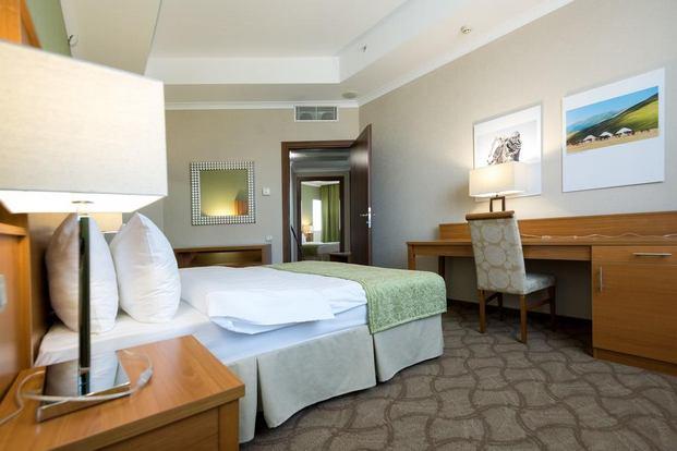 فنادق في كازاخستان