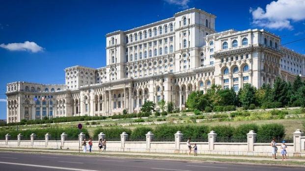 السياحة في بوخارست - رومانيا سياحة