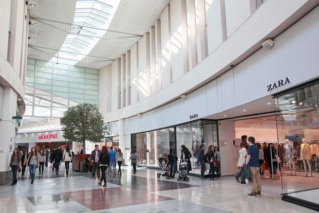 التسوق في انسي فرنسا
