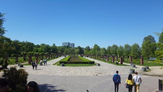 حديقة هيريستراو بوخارست