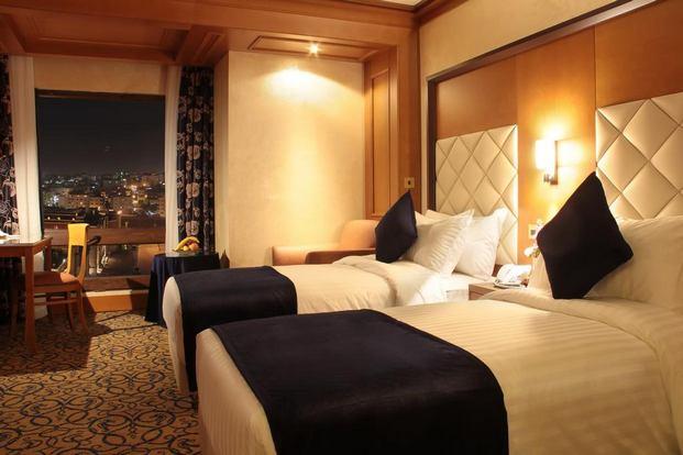 فندق الف ليلة عمان