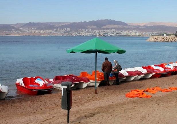 جولات الدرجة المائية في شاطئ الحفاير في العقبة