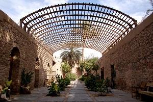 متحف آثار العقبة في الأردن من معالم السياحة في العقبة