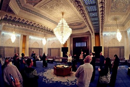 قاعة الضيوف في المسجد الكبير في العاصمة الكويتية
