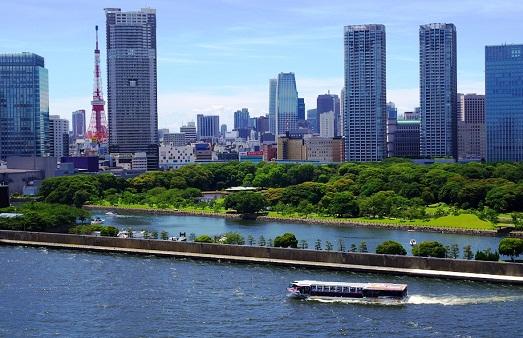 الرحلة البحرية باتجاه حدائق هاماريكيو في طوكيو