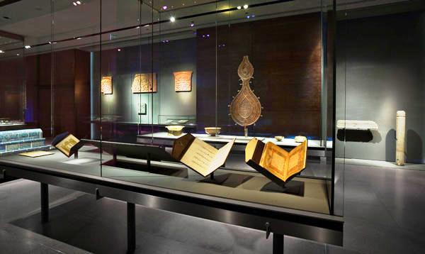 القاعة الإسلامية في متحف الفن الإسلامي في الدوحة