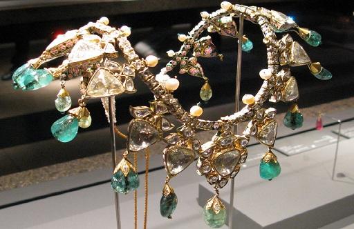 مجوهرات متحف الفن الإسلامي في الدوحة