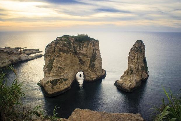 صخرة الروشة