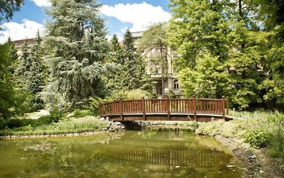 حديقة زغرب النباتية من اهم الاماكن السياحية في زغرب
