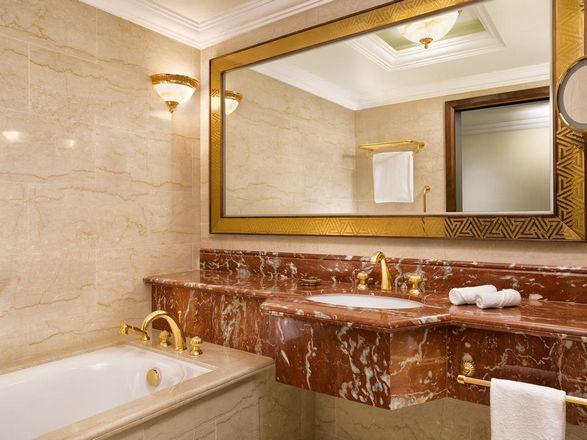 فندق شيراتون الدوحة قطر