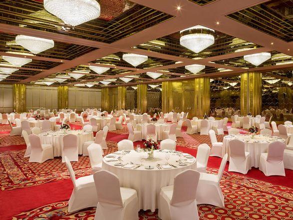 فندق شيراتون قطر