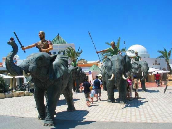 جولة في قرطاج لاند في الحمامات تونس