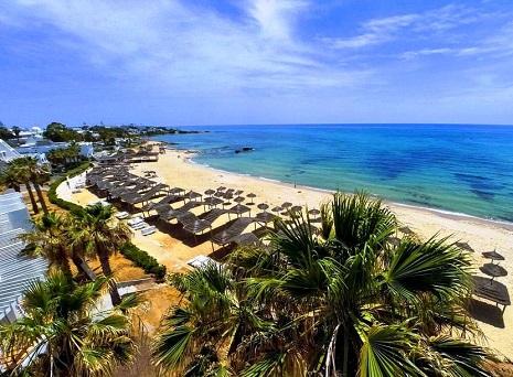 مشهد لشاطئ الحمامات