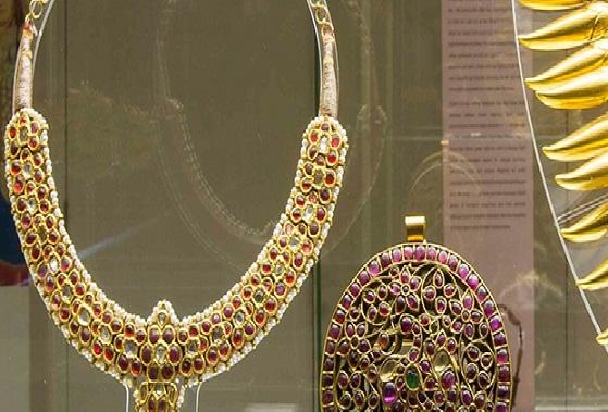 مجوهرات متحف الفنون الإسلامية في كوالالمبور