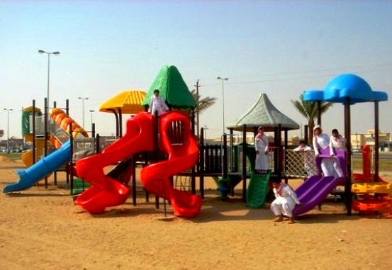 ملاعب الأطفال في حديقة الملك فيصل في الطائف