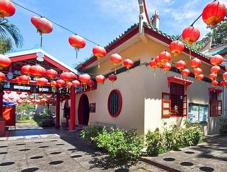معبد كوان ين في الحي الصيني في كولالمبور