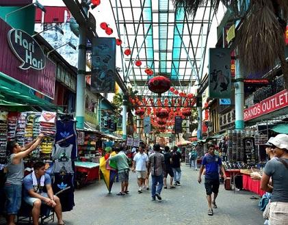 شارع بيتالينغ في الحي الصيني في كولالمبور