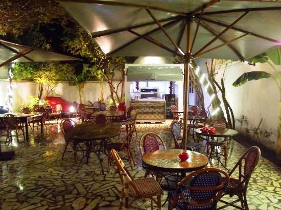 مطاعم مدينة الحمامات القديمة في الحمامات